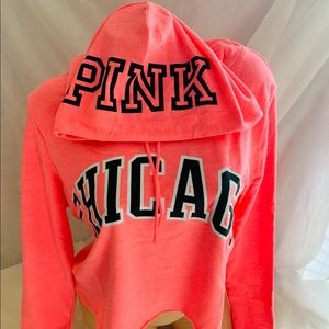NWT MEDIUM VSPINK CHICAGO PULLOVE HOODIE